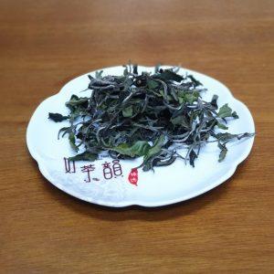 冬芽蜜香白茶-臻德茶葉
